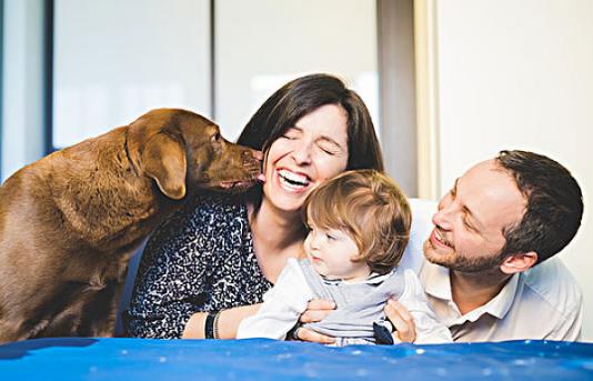 [宝宝喜欢学狗叫什么回事]宝宝喜欢学狗叫是怎么回事 喜欢学狗叫怎么办
