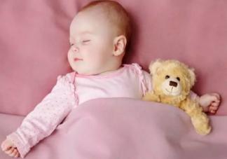 孩子头型偏了会影响宝宝吗 宝宝头型睡偏了怎么办