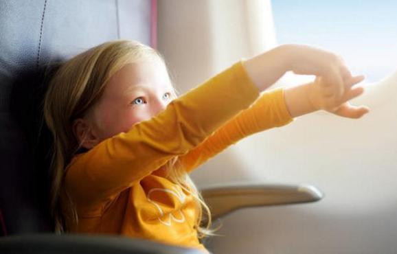 宝宝坐飞机需带什么证件 宝宝坐飞机注意事项