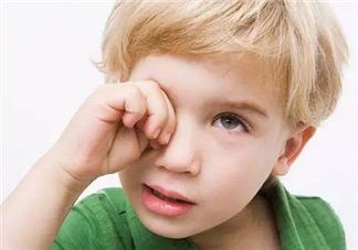 红眼病是怎么引起的 孩子得了红眼病怎么治疗