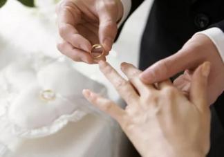 结婚纪念日朋友圈说说2019 今天是结婚纪念日心情感慨