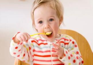 孩子食物中毒的症状 孩子食物中毒什么反应