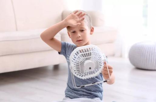 夏天给孩子正确吹空调 宝宝怎么吹空调不感冒