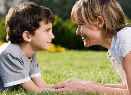 [性格色彩]黄色性格孩子怎么正确引导 孩子性格强势教育方法