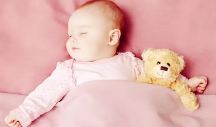 3个月的宝宝睡觉不踏实怎么办 宝宝睡觉不踏实如何护理