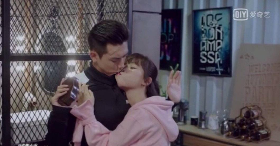 韩商言佟年第一次接吻是什么时候 韩商言佟年第一次接吻是第几集