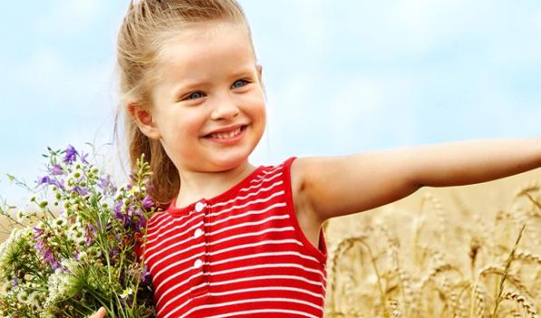女儿三岁生日祝福语朋友圈 女儿三岁生日温暖说说