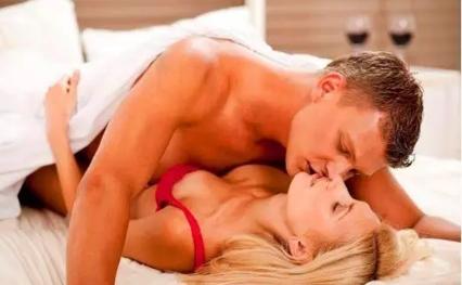 第一次性行为什么年龄合适 性生活太早会有什么危害