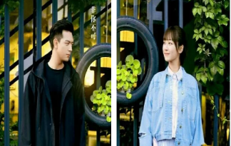 亲爱的热爱的韩商言佟年情侣头像 亲爱的热爱的情侣头像