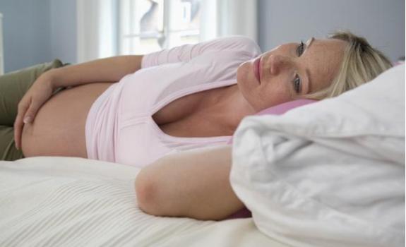 孕妇睡觉睡多了会怎么样 孕期疲劳嗜睡正常吗