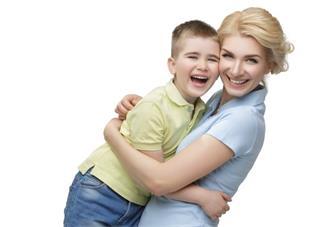 如何向孩子表达爱意比较好 爱孩子应该怎么跟他表达爱