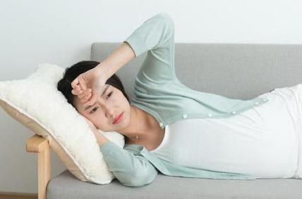 孕妇睡眠不足有哪些危害 孕早期睡眠不足会流产吗