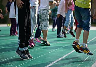 喜欢运动的孩子更聪明吗 为什么爱运动的孩子更聪明