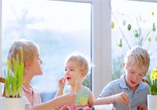 发孩子特别喜欢游戏应该怎么陪伴比较好 孩子玩游戏应该怎么跟他交流