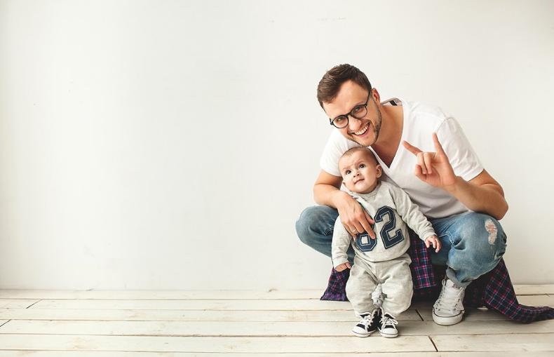 【爸爸怎么陪孩子玩】爸爸怎么陪孩子玩 爸爸在家陪孩子玩要怎么做