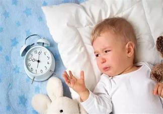 用什么方法可以让宝宝快点睡觉 孩子哭闹不睡觉怎么哄比较好