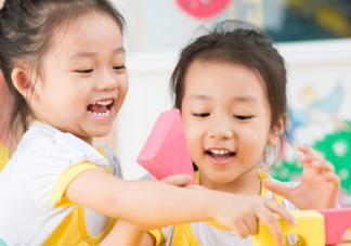舍不得孩子上幼儿园心情说说  舍不得宝宝上幼儿园语录