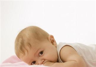 宝宝练习趴着多少时间合适 宝宝练习趴着要注意什么