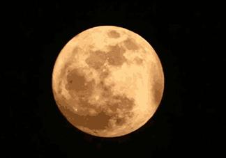 关于中秋节月亮的诗词大全赏析 描写月亮的诗句