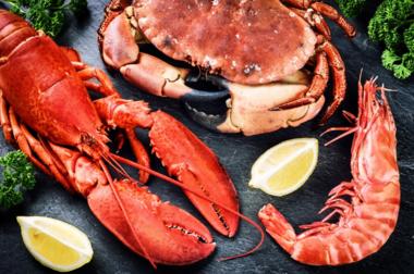 螃蟹相克的食物 螃蟹不能和什么一起吃 吃螃蟹的时候不能吃水果吗2019
