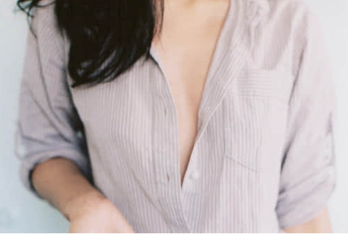 女工资甚么会平胸 女性胸部发育欠好的原因有哪些