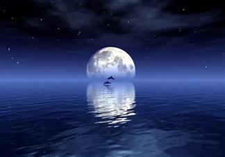 中秋节月亮又大又圆的朋友圈说说 描写中秋节圆月的好词好句