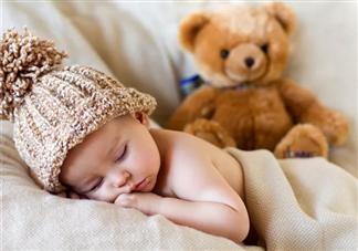 孩子什么时候能独立睡觉 孩子不能独立入睡怎么做