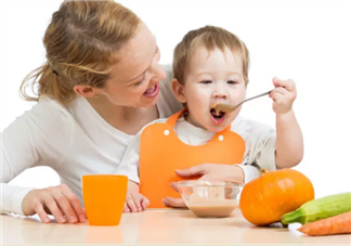 孩子吃饭太快的危害是什么 如何控制孩子吃饭的速度