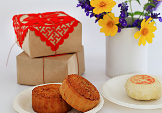 中秋节吃月饼的诗句有哪些 中秋吃月饼诗句大全