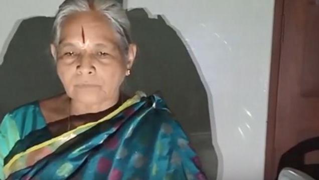 74岁印度老太生双胞胎女儿是怎么回事 74岁老太是怎么生出双胞胎
