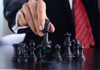 孩子学国际象棋好还是中国象棋和围棋好 孩子学棋有什么推荐