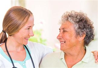 老年斑什么年龄容易长 如何预防老年斑
