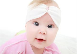 孩子扁头会不会影响孩子智力发育 孩子睡扁头好还是不好