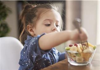 儿童吃得太饱会损伤大脑健康吗 小孩吃太饱有什么危害