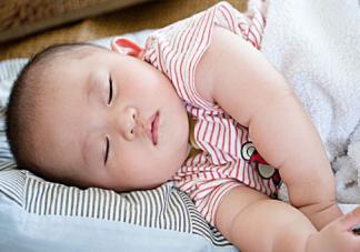 宝宝白天睡得少晚上睡得好吗 白天应该睡多久