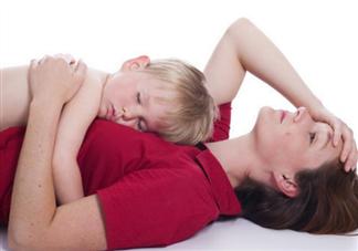 孩子跟谁睡决定孩子的性格吗 孩子跟谁睡更优秀