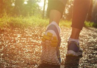 秋季运动减肥效果好吗 秋季适合做什么运动