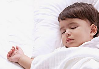 秋季怎么让孩子早睡 秋天让孩子早睡的方法