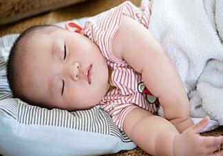 宝宝秋天总踢被子怎么办 防止宝宝踢被子小妙招