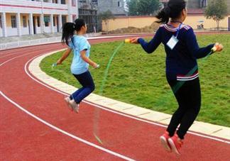 孩子几岁学跳绳合适 怎么引导教孩子学跳绳