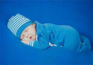 哄宝宝早点睡觉怎么做比较好 用什么方法可以让孩子快点睡觉