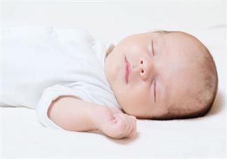 孩子什么症状是对牛奶过敏 孩子可以吃母乳吃牛奶过敏是正常的吗