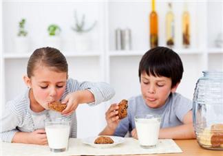 孩子经常吃哪些零食有损健康 损害孩子健康的5种零食