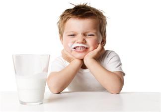 有机奶粉值得给宝宝喝吗 孩子适不适合喝有机奶