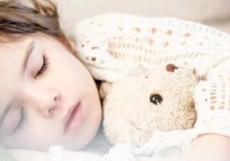 总是犯困想睡觉怎么回事 总爱犯困没精神怎么办