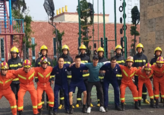消防员为什么用叉子吃饭 消防员用叉子吃饭的原因