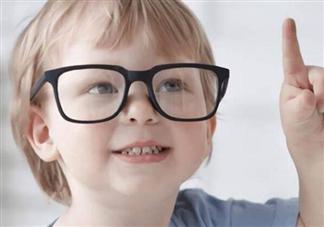 小孩看东西越看越近是弱视吗 怎么发现孩子是不是弱视