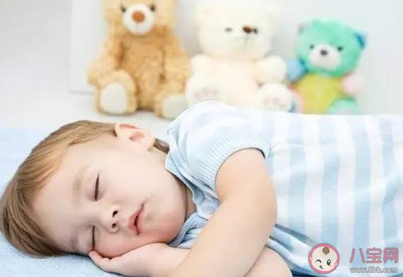 宝宝得了中耳炎有甚么症状 宝宝中耳炎是怎么回事