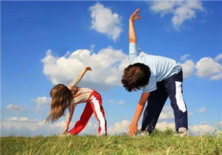 孩子哪些运动不宜过早 不同年龄孩子适合的运动
