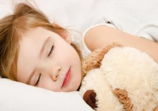 孩子最晚几点睡合适 孩子的最晚睡觉时间